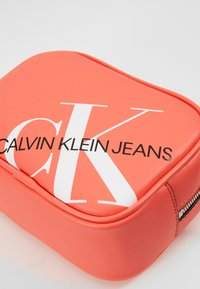 Calvin Klein Jeans - CAMERA BAG - Across body bag - orange - 4