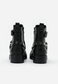 ONLY SHOES - ONLBAD STUD BOOT  - Cowboy/biker ankle boot - black - 3