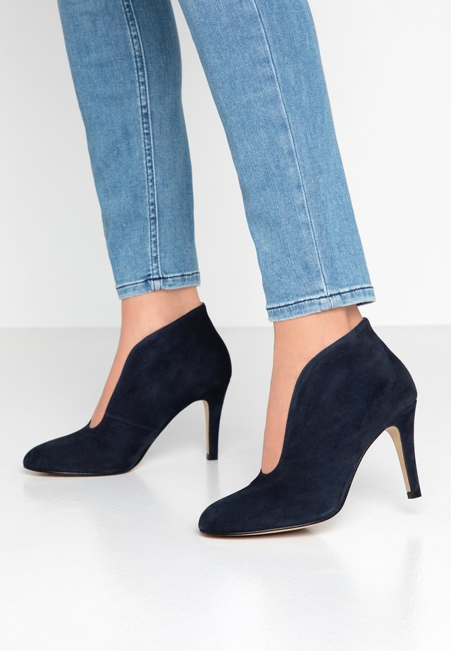 Ankle boot - dark blue