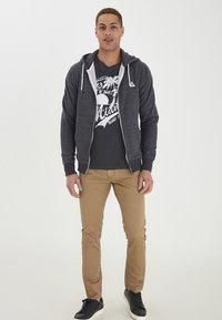 Blend - HELNO - Zip-up sweatshirt - black - 0