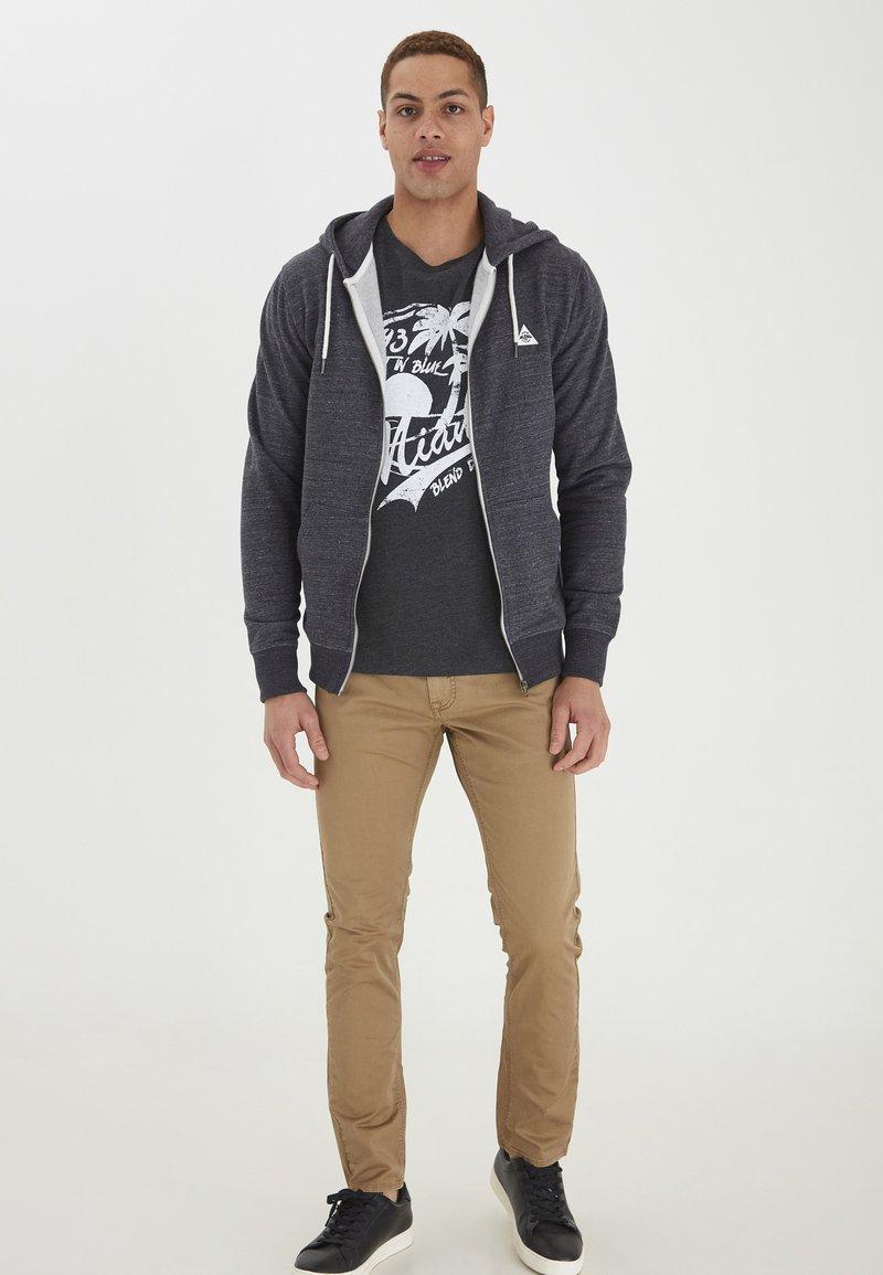 Blend - HELNO - Zip-up sweatshirt - black