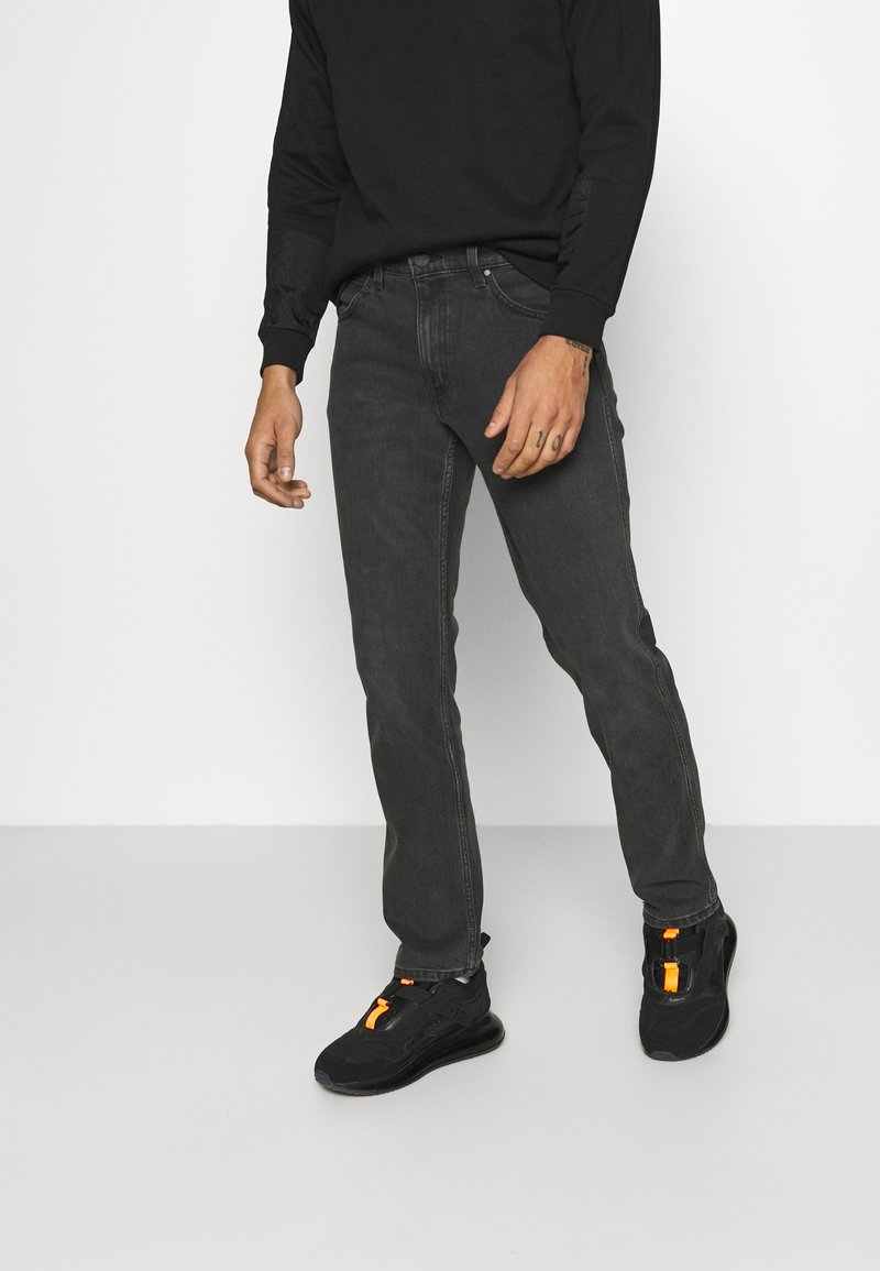 Wrangler - GREENSBORO - Jeans straight leg - blackstrap