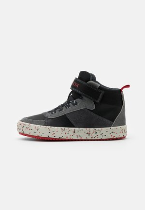 ALONISSO BOY - Sneakersy wysokie - black/red