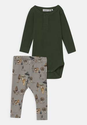 NBMNOBE/NBMNOOR SET - Leggings - Trousers - climbing ivy