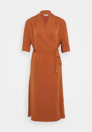 IVESIA - Jersey dress - brick