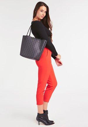 ALBY 4G-LOGO - Handbag - schwarz