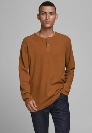 Long sleeved top - leather brown