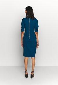 Closet - HIGH COLLAR PENCIL DRESS - Etuikjole - blue - 3
