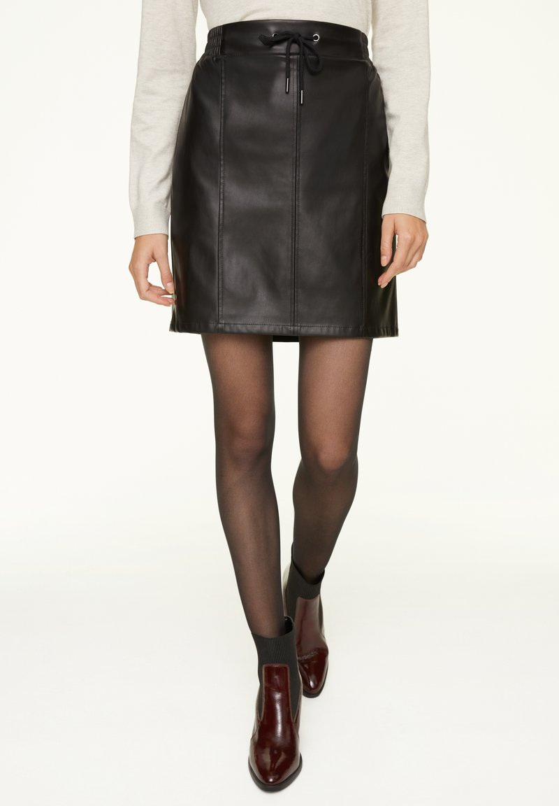 comma casual identity - A-line skirt - black