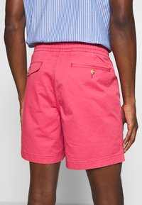 Polo Ralph Lauren - 6-INCH POLO PREPSTER TWILL SHORT - Shorts - nantucket red - 5