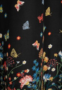 Yours Clothing - FLORAL BUTTERFLY  - Maxi skirt - black - 4