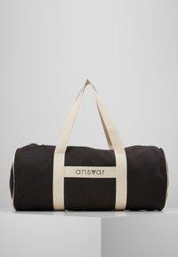 ANSVAR III - Sportovní taška - anthrazit