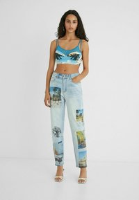 Desigual - DESIGNED BY ESTEBAN CORTAZAR - Relaxed fit jeans - blue - 1