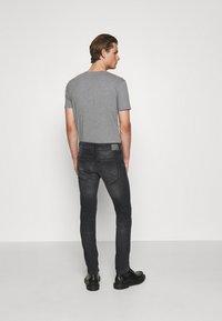 DRYKORN - JAZ - Trousers - grau - 2