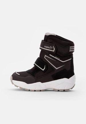 CULUSUK - Winter boots - schwarz/grau