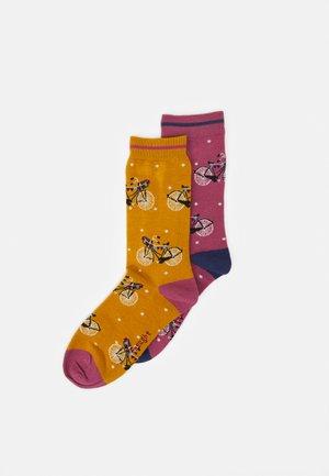 GLADYS BICYCLE SOCKS 2 PACK - Ponožky - sunflower yellow/dark rose pink