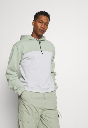 RECYCLED COLOUR BLOCK HOODIE - Mikina - green
