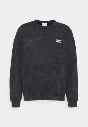 CORE OVERDYE  - Sweatshirt - purple