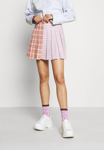 SEEKER SKIRT - Miniskjørt - pink
