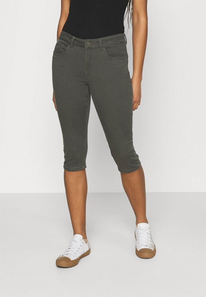 Vero Moda - VMHONNISEVEN PUSH UP KNICKERS - Denim shorts - beluga