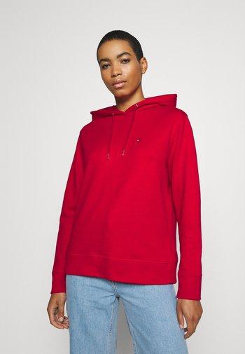 REGULAR HOODIE - Felpa con cappuccio - primary red