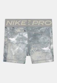 Nike Performance - Medias - smoke grey/coconut milk - 1