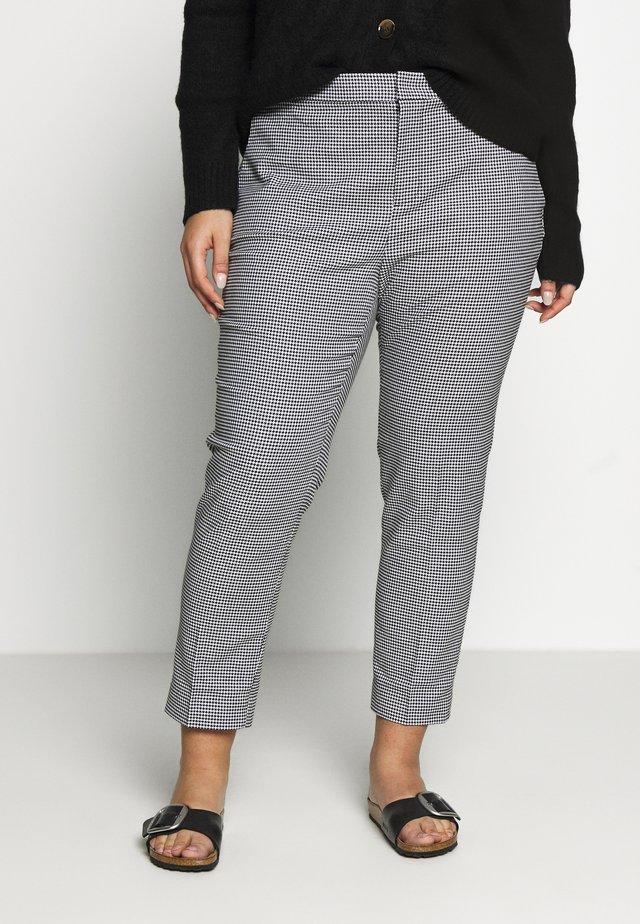 LYCETTE SLIM LEG PANT - Broek - black/silk white