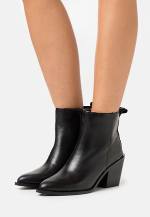 MARGARITA - Classic ankle boots - black