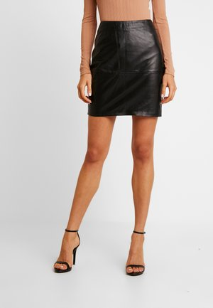 IHDARINA - Leather skirt - black