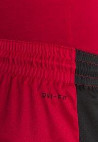 Jordan - AIR DRY SHORT - Sports shorts - gym red/black/black - 5