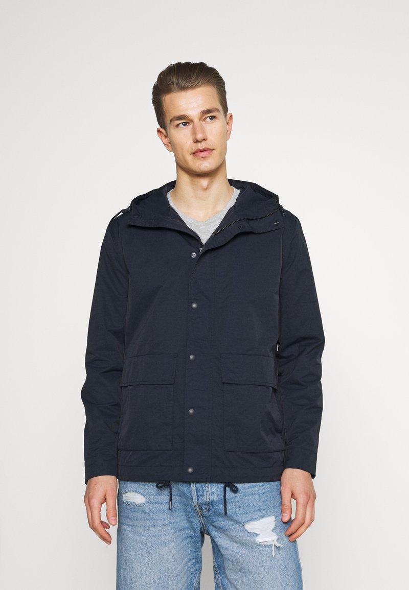 GAP - ZIP FRONT ANORAK - Summer jacket - navy