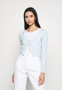 Cotton On - VIVVY TIE FRONT - Kofta - daisy blue - 0