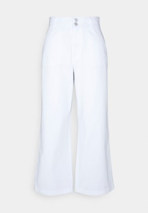 SUPER STRAIGHT PANT - Trousers - white