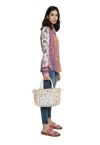 Desigual - BOLS CRISTAL MOON PADU - Handbag - beige - 0