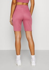 Missguided - RACER NECK CROP AND CYCLING SET - Shorts - pink - 6