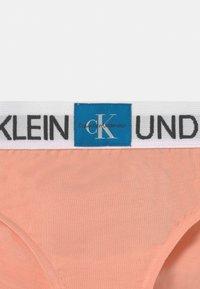 Calvin Klein Underwear - 2 PACK - Briefs - apricot pink/white - 3
