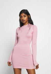 Missguided Petite - PUFF SLEEVE MINI DRESS - Pouzdrové šaty - rose - 0