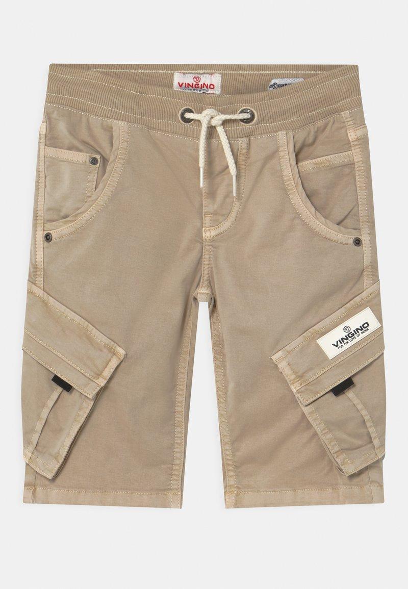 Vingino - CLIFF - Shorts - sand