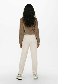 ONLY - LOOSE FIT - Tracksuit bottoms - pumice stone - 2