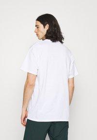 Night Addict - EAGLE - T-shirt med print - white - 2