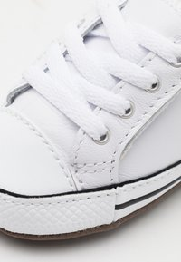 Converse - CHUCK TAYLOR ALL STAR CRIBSTER UNISEX - Sneaker low - white - 5