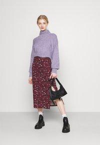 Even&Odd - Midi high slit high waisted skirt - Pennkjol - black/multi-coloured - 1