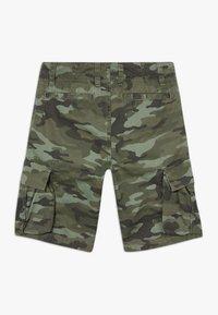 GAP - BOY - Pantaloni cargo - green camo - 1