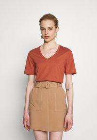 IVY & OAK - Basic T-shirt - rose tan - 0