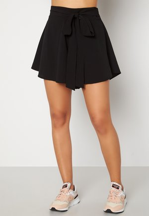 EMMIE  - Shorts - black