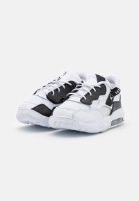 Jordan - MA2 UNISEX - Scarpe da basket - white/black/university red/light smoke grey/praline - 1