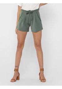 JDY - JDYNEW CATIA - Shorts - castor gray - 0