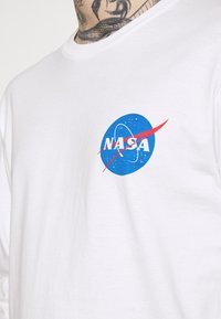 Cotton On - TBAR COLLABORATION TEE - Long sleeved top - white - 3