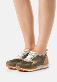 Gabor Comfort - Trainers - tundra/multicolor - 4