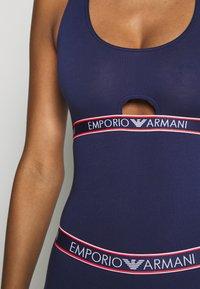 Emporio Armani - VISIBILITY ICONIC LOGOBAND - Body - indigo blue - 5